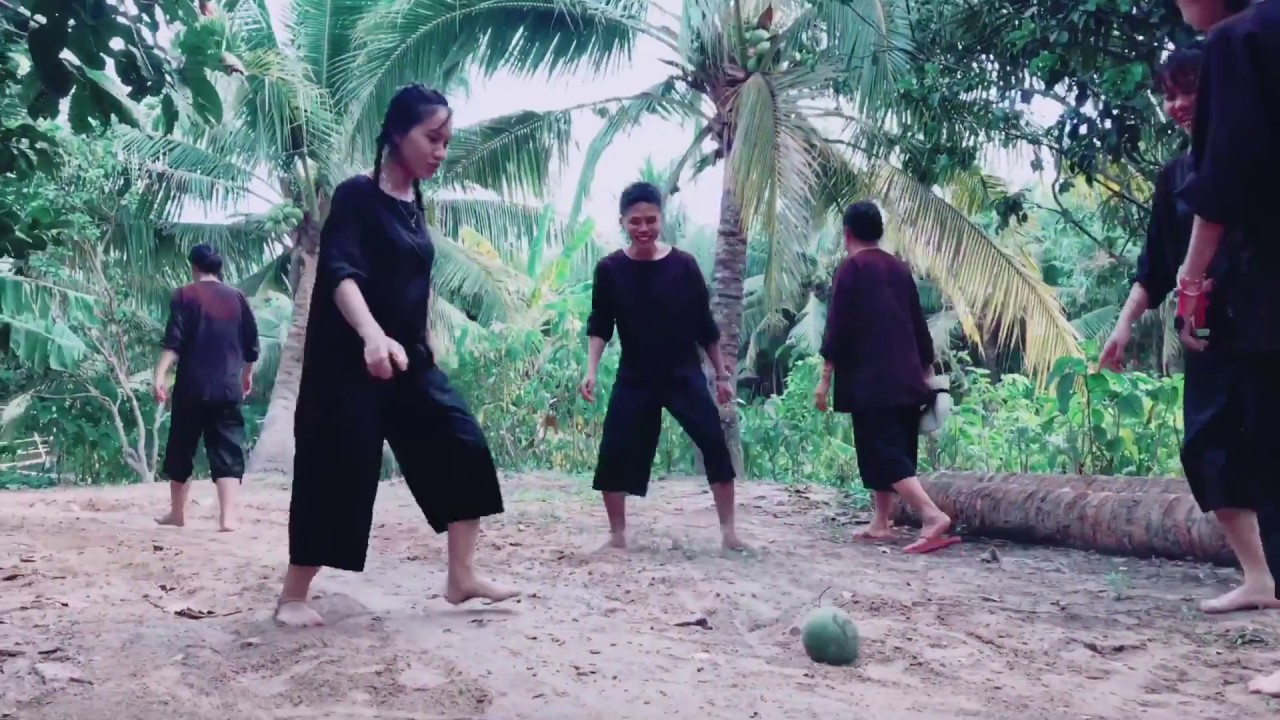 https://gody.vn/blog/maikakool7858/post/review-khu-du-lich-lan-vuong-ben-tre-chi-phi-250knguoi-8434
