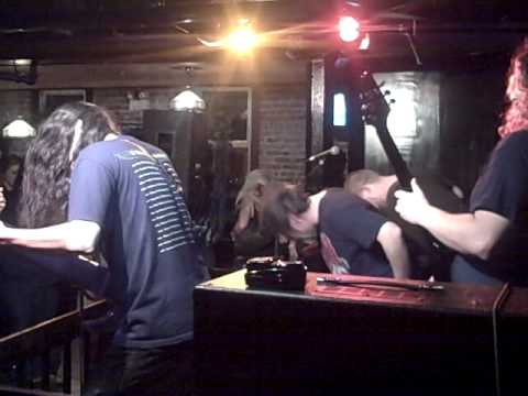 Gravel Chewer - Eating The Earth / Filth Angel live @ Nicky Zee's.