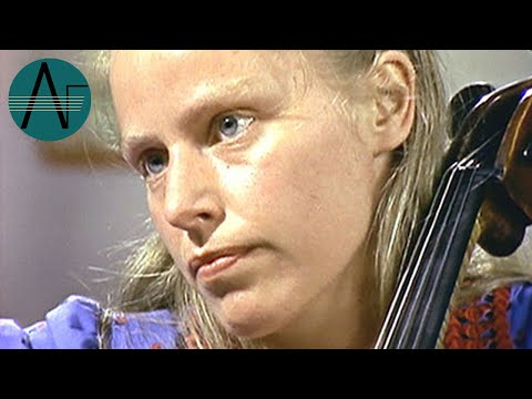 "Barenboim, Zukerman & du Pré: Beethoven - Piano Trio in D major, Op. 70 No. 1 ""Ghost"""