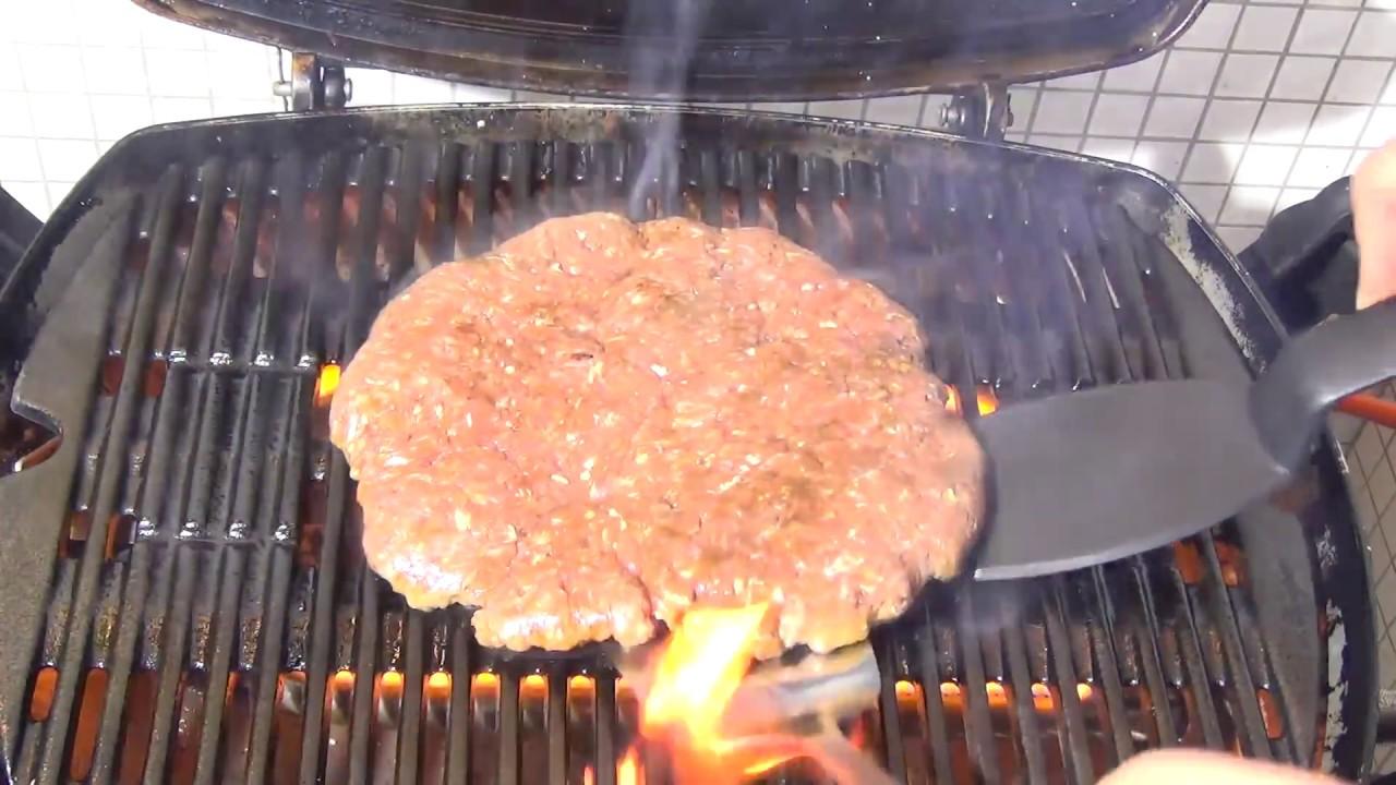 Rezepte Für Gasgrill Mit Deckel : Grillen mit gas monster xxl hamburger rezepte gasgrill
