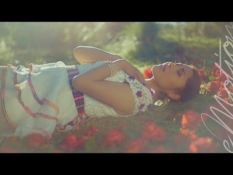 Yarita Lizeth Yanarico - Madrecita (Balada Andina) VIDEO OFICIAL