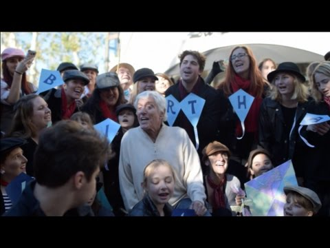 Dick Van Dyke's 90th Birthday Flash Mob + Sing-A-Long