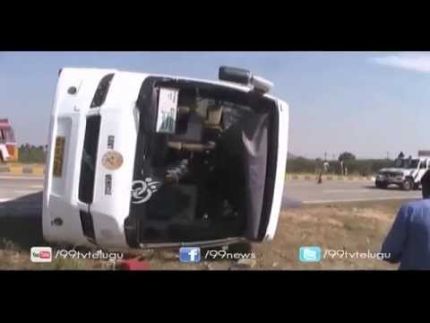 Volvo Bus Accident in Anantapur - 99tv