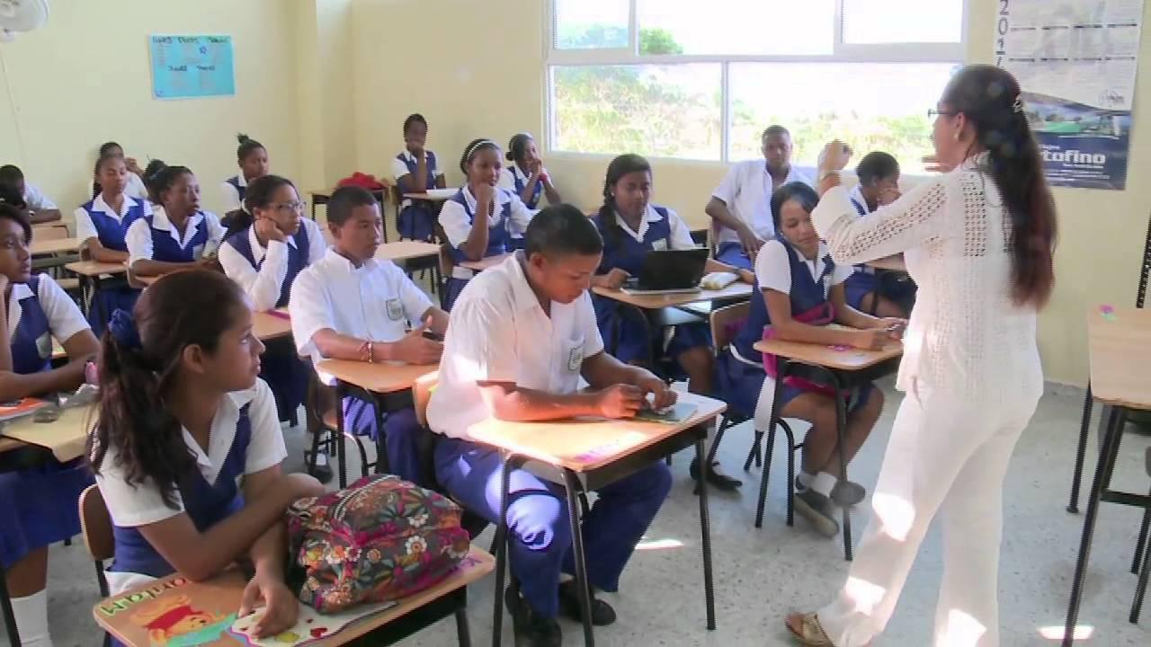 Resultado de imagen para escuela colombia