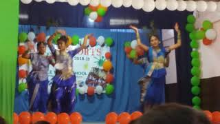 1st prize Group dance for category 5 at Little Rose School