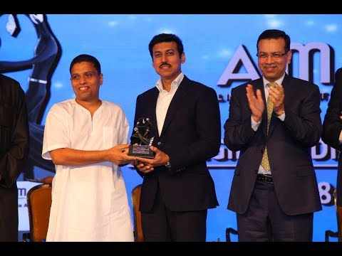 Acharya Balkrishna wins the Transformational Business Leader of the Year Award