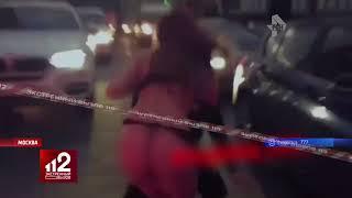 Стройная девушка в стрингах устроила пробку в центре Москвы. Видео!