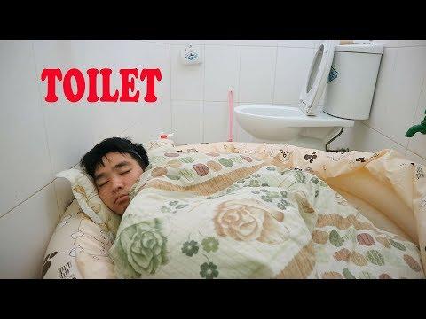 PHD | Thử Thách 24 Giờ Trong Nhà Vệ Sinh | 24 Hour In The Toilet