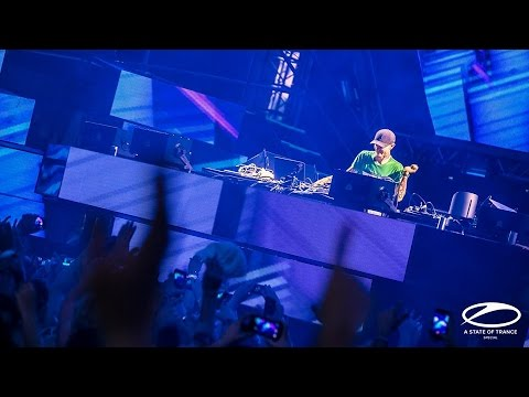 Deadmau5 -  Live @ A State Of Trance 750 Special, UMF 2016 (20.03.2016)