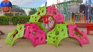 Antalya Teneffüs Park Ярослава в Парке Аттракционов для детей