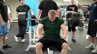 19 year old benches 500lbs raw