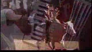 """Video Clip """"A dos puyas no hay toro valiente"""" Carlos Mejia G"""
