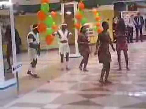 Афро шоу - Корпоративный новый год 2014 в КИНЕФ ДВОРЕЦ КУЛЬТУРЫ в  Ленинградской области. Встреча г