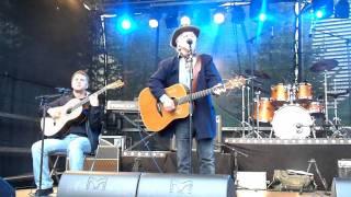 "Trond Granlund med band på Jessheim dagene 10-08-2011-""Sven svane"""