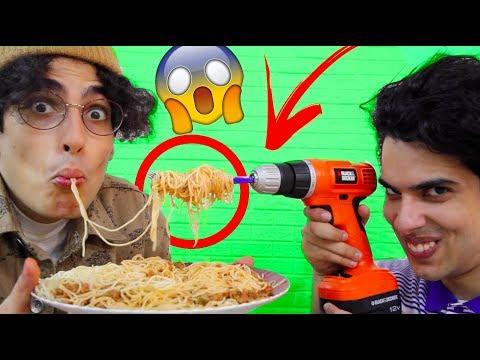 لايف هاك | كيف تأكل المكرونة بأسهل طريقة!!!