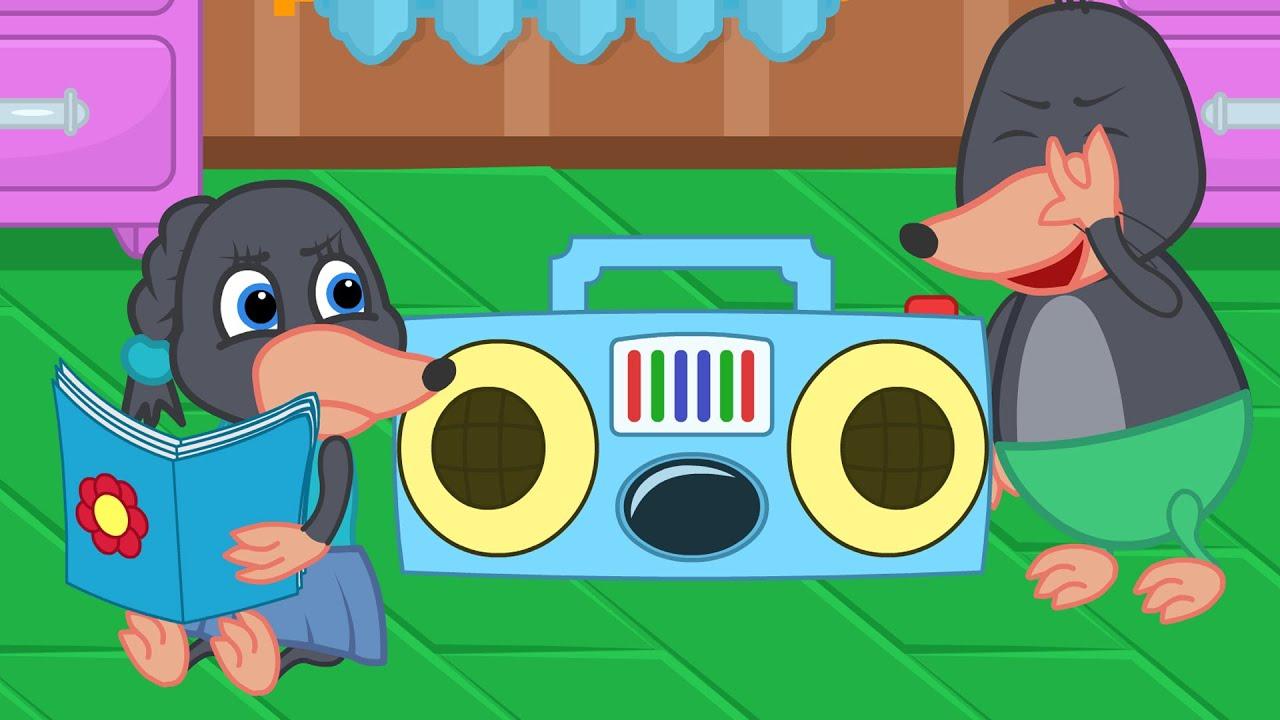 Benny Mole em Español - Música Rock vs Hermana Aburrida Dibujos animados para niños
