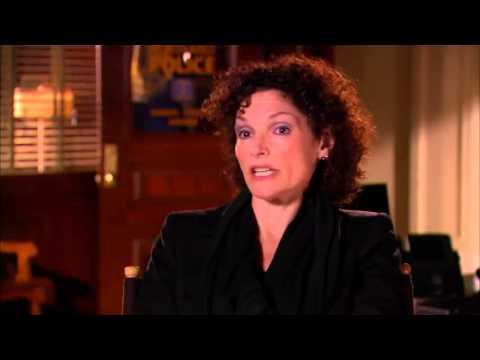 Mary Elizabeth Mastrantonio 'Grimm' Season 2 !