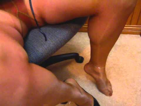 Stinky soles of amateur housewife from YouTube · Duration:  1 minutes 38 seconds