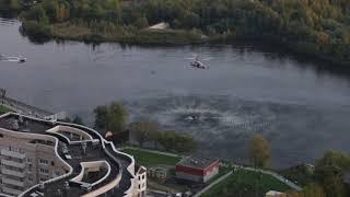 """08.10.17 - Ка-32 набирают воду для тушения пожара на рынке """"Синдика"""""""