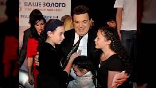 У Иосифа Кобзона аж 5 внучек! Но о самой горячей из них уже заговорили СМИ…