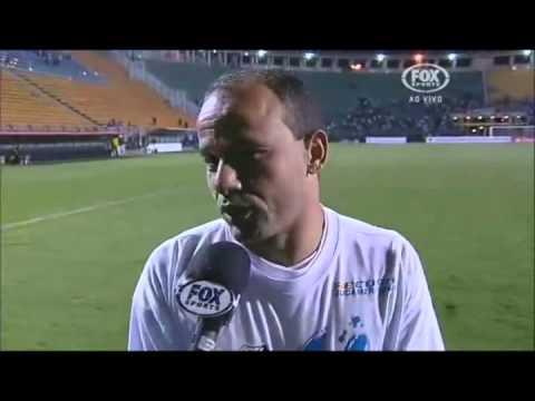 """Campeão 2012, Guerreiro Léo fez """"profecia"""" sobre a Recopa 2013"""