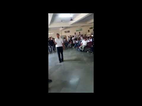 Amazing Dance Performance By Engg.Professor On MJ dangerous song