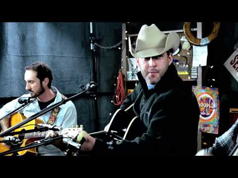 Aaron Watson - 'Real Good Time' ::: Second Story Garage