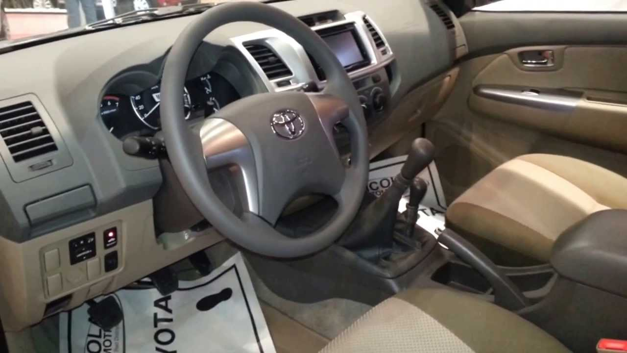 interior toyota fortuner urbana 2014 versi n para colombia full hd youtube. Black Bedroom Furniture Sets. Home Design Ideas