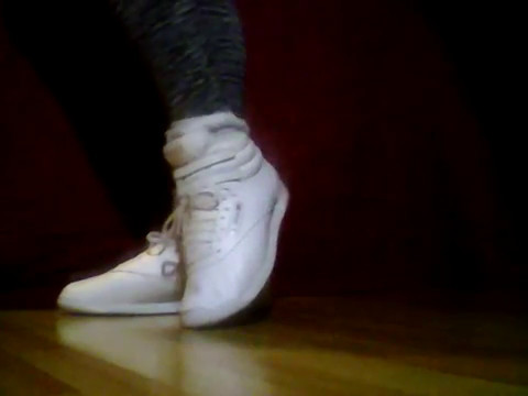 6d7247adc85c12 White Reebok Freestyle - YouTube