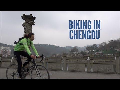 BIKING IN CHENGDU