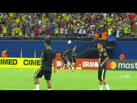Neymar Jr. e Gabriel Jesus dão show de habilidade na Arena da Amazônia