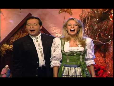 Verschiedene Weihnachtslieder.Verschiedene Interpreten Medley Weihnachtslieder 2011