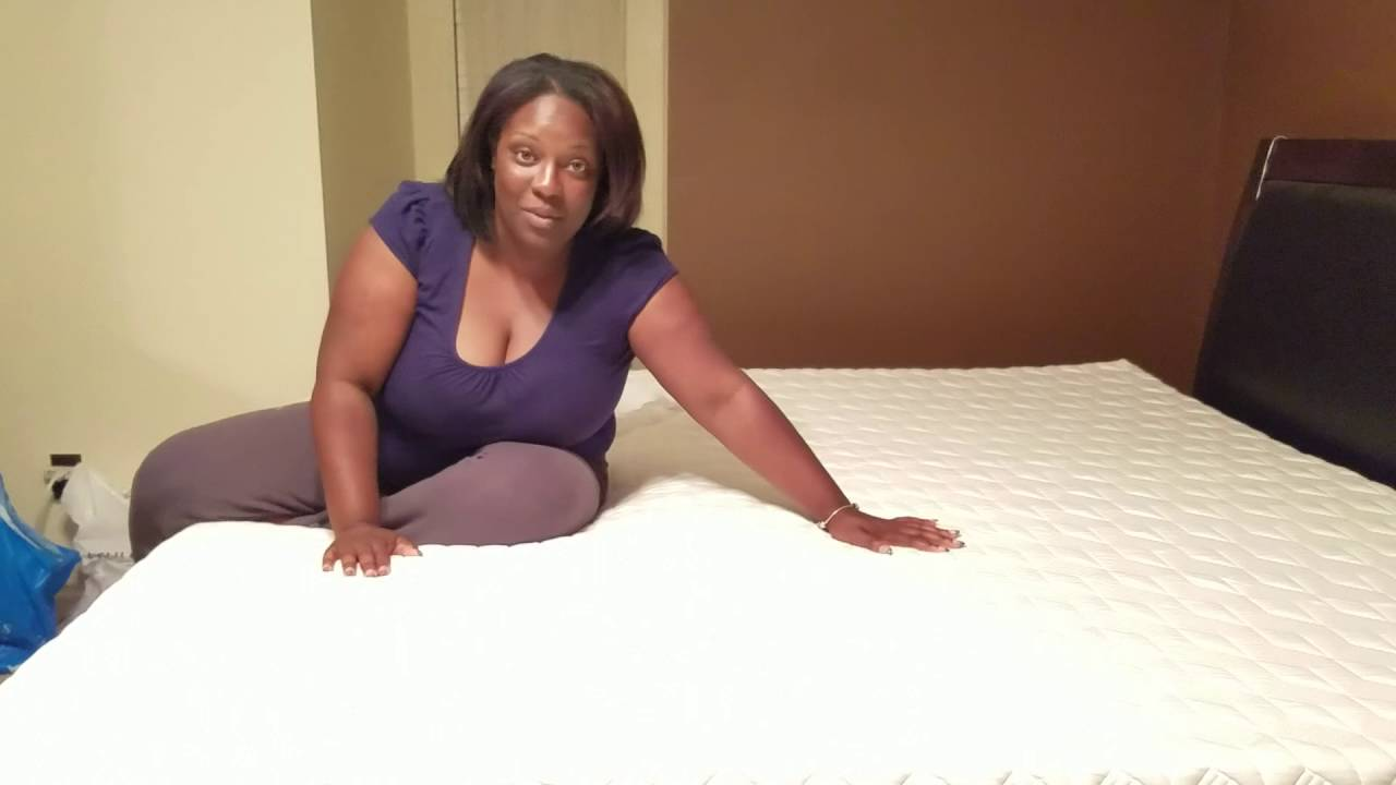 real purple mattress customer warning this video is raw and uncut youtube. Black Bedroom Furniture Sets. Home Design Ideas
