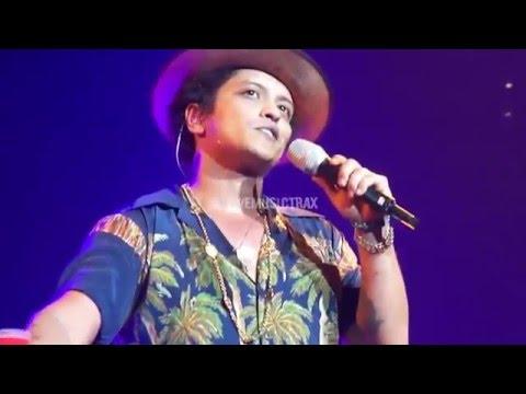 Bruno Mars - Money Make Her Smile MASH UP LIVE - LA