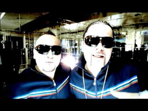Descargar MP3 Muevelo (Original Version) - Music Video