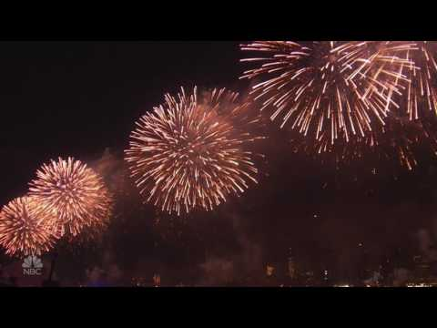 New York City's Fireworks Spectacular 4th of July 2017