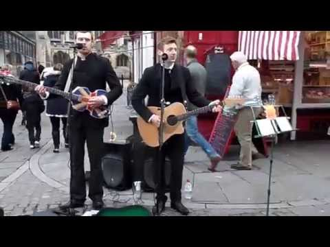 The Caverners 60's Duo At Newark Market Place - Wonderful