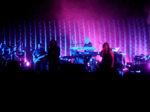 Massive Attack (Hymn of the Big Wheel) at Nokia in Dallas Sept 2006