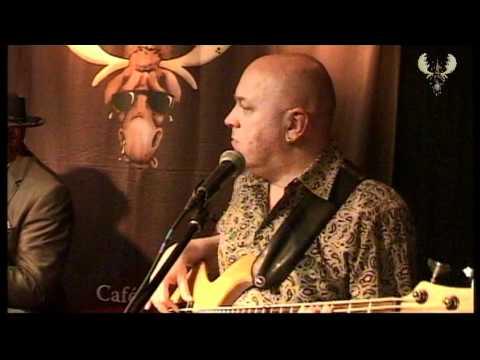 Big Daddy Wilson - On The Run Live @ The Bluesmoose Café