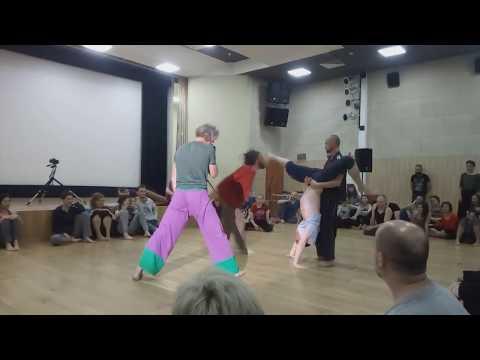 "dance performance, 10th festival of contact improvisation ""DANCEFULNESS"""