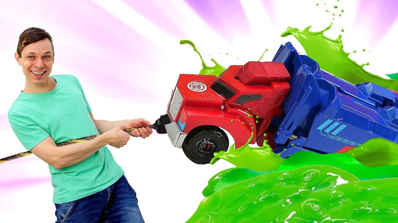 Оптимус Прайм в видео игре - Фёдор ищет Автоботов! Машинки и Роботы Трансформеры онлайн. Игры битвы