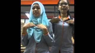 Download Video Goyang DUMANG gokil versi giina(gita_ina) MP3 3GP MP4