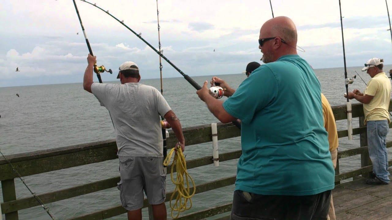 9 17 15 jason fowler catching a 37 1 pound king mackerel for Seaview pier fishing report