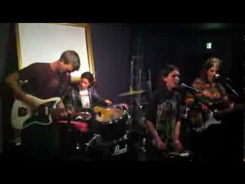 Wolf Alice - Wednesday (Live) The Horatia Pub  27/04/12  HD720p