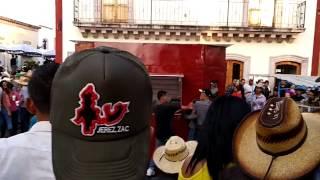 PLEITO EN EL SABADO DE GLORIA DEL 2017 JEREZ ZACATECAS MEXICO. SAB.15, ABR. 2017.