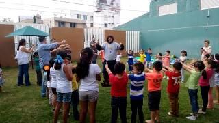 EL PERRO CHUPEYO BAILANDO CHU CHU UA EN EL SALON ELI AGS