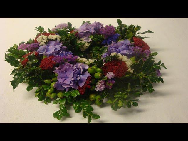 Blumenkranze Mit Frische Blumen Selber Machen Anleitung Flora Shop Eu