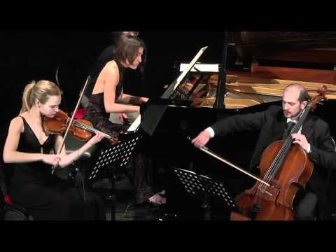 Saskia Giorgini, Laura Marzadori e Augusto Gasbarri in Trio