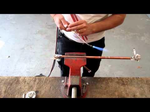 Comment changer une cartouche de robinet mitigeur tutorial - Decoller tuyau pvc ...