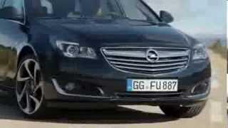 видео Четырехдверный седан Toyota Corolla 2009